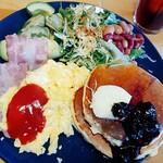 kitchen coco - coco's breakfast plate