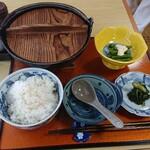 國丼 - いも煮定食(税込1000円)