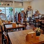 クマ カフェ - 店内