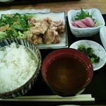13825997 - Aランチ780円。