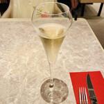 cafe VAVA - シャンパン