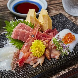 豊洲で仕入れた旬の食材、江戸前鮨をリーズナブルに!