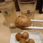 会津屋 - たこ焼きリフト♪