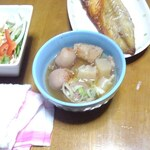 郷土銘産品 山形銘店 - オフクロに出した芋煮(ピンボケです)