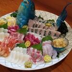 美食蔵部 - 旬の大皿刺身盛り合わせ 5,000円コース
