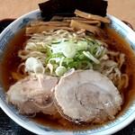 中華そば 雲ノ糸 - 煮干しラーメン(800円也)チャーシューが柔らかで美味しい!
