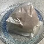 カメオカハサムコッペパン - 丹波大納言小豆の粒あんバター 230円(税込)