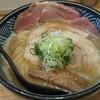 極麺 青二犀 - 料理写真:にぼ鶏しょうゆ白湯バラチャーシュートッピング