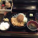 明石八 - チキンカツ定食 ¥500