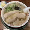 博多とんこつ 天神旗 - 料理写真:若醤油とんこつ 750円(2020年10月)