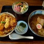 富士屋食堂 - 料理写真:かつ丼セット (*^ω^)ノ