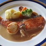 イストワール - 料理写真:ランチのメイン料理