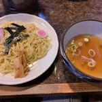 らーめん超ひがし 皐月 - 料理写真:つけめん(塩)(750円)