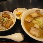 喜多方ラーメン坂内 - 2012.6 喜多方ラーメンと焼豚丼のセット