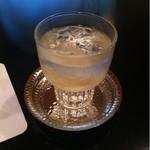 加瀬 - 食前酒   砕いた氷の口当たりとさっぱりした梅酒はいいですね。