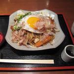 甘味処 いっぷく亭 - こだわりセット(焼きそば+おはぎ) 750円