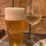 138363695 - 隅田川ブルーイング(ランチ ¥400)&グラスワイン(ランチ¥400)