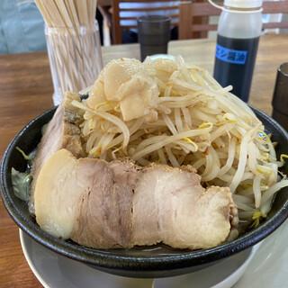 海の家 東京豚骨ラーメン - 料理写真:ラーメン大盛300g ¥880