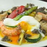 喃喃 - 新鮮な野菜料理のメニューも喃喃の一押しです!!