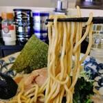 八の坊 - 麺リフト