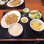 中国料理 空 - ザーサイと豚肉の細切り炒め