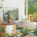 カフェ コスモス - 井戸のあるお庭が素敵