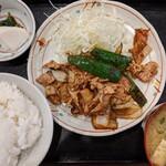 巣鴨ときわ食堂 - 豚キムチ定食