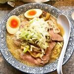 大慶 - 料理写真:濃厚豚骨ちゃーしゅーめん1020円+味玉90円はこんな感じ。