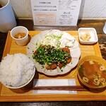 あさり食堂 - ネギ味噌カツ定食。 900円。