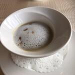 山手十番館 - 菊芋のスープ
