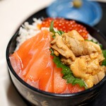 定食 めし屋 - 料理写真:限定の海鮮丼1500+700