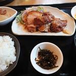 合家 - ソーキ、ラフテー盛り合わせ定食 900円 先払い