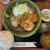 とんちん館 - 料理写真:ヒレカツ定食815円です