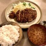 味のとんかつ 丸一 - 『ロースカツランチ定食』様(1450円)