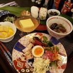 蔵カフェ ケセラセラ - 料理写真:おにぎりのお膳(ドリンクつき)