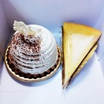 13844585 - レアチーズとリコッタチーズケーキ