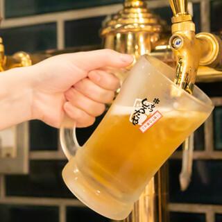 ビールもジャイアントなジョッキで!お得なセットもございます◎