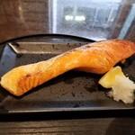 138442030 - 焼魚定食しゃけ