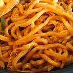 大阪王将 - 大阪王将 西葛西店 下町系男前ナポリタン焼きそばに使われるモチモチ食感の中太縮れ蒸し麺