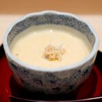 鮨 はしもと - 毛蟹の茶碗蒸し ブルーチーズ入り