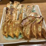 まん天餃子 - 餃子3種