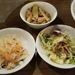 スクンビット ソイ55 - グリーンカレー/春雨サラダ/野菜サラダ(プチビュッフェ)