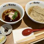 湯河原 飯田商店 - 料理写真:1周年記念の限定つけ麺1300円