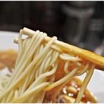 138481855 - 色白な麺。