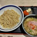 旨い安い腹いっぱい - つけめん(650円)