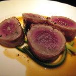 1385895 - 仔羊フィレ肉のポワレ 生ハムを巻いて
