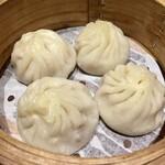中国菜館 志苑 - 小籠包は美味しんだけど肉汁が少ないので期待はずれでした