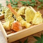 お好きな天ぷらを下記より7種お選びください。