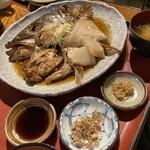 地魚料理 まるさん屋 - 煮魚定食