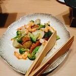 藁焼きと水炊き 葵 -